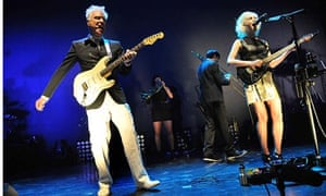 Byrne and Clark move like mechanical creatures or marionettes':  David Byrne and St Vincent at Londo