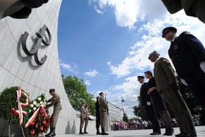 Warsaw Uprising: Ewa Kopacz, Marshal of the Polish parliament Sejm, lays a wreath