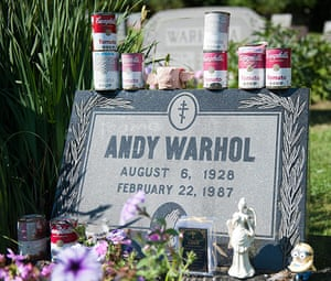 Andy Warhol: grave at the St. John the Baptist Byzantine Catholic cemetery in Castle Shannon, Pennsylvania
