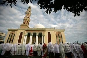 Eid festival: Indonesian Muslims celebrate Eid