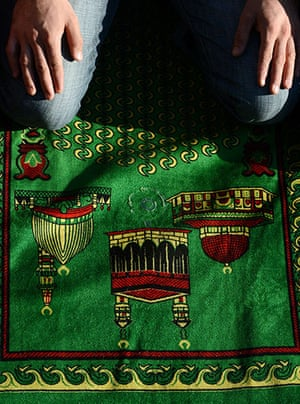 Eid festival: A Russian Muslim prays outside the centr