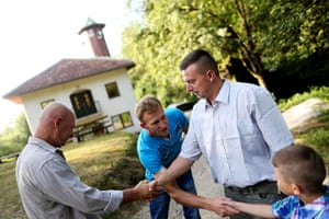 Eid festival: Bosnian Muslims greet each other