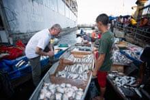 Atala in the informal fish market