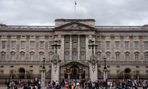 Sports Direct and Buckingham palace offers zero hour contracts to employees
