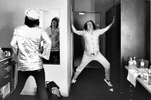 Mighty Boosh: Pre-show stretching