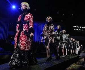 Marc Jacobs fashion: Marc Jacobs Spring 2014 collection at New York Fashion Week