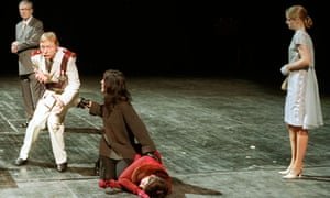 Otto Sander, second from left, as Claudius in Peter Zadek's production of Hamlet in 2000