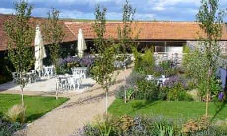 finch garden design
