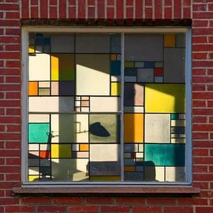 Alternative Germany: stained glass mondrian