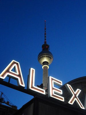 Alternative Germany: fernsehturm alexanderplatz