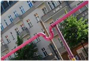 Alternative Germany: pink pipes berlin