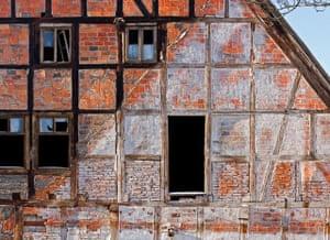Alternative Germany: brick n timber house
