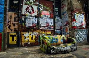 Alternative Germany: tacheles sofa
