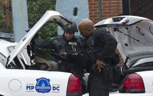 navy yard: Police respond to the report of a shooti