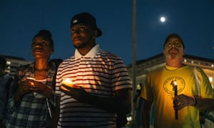 Candlelight vigil after DC navy yard shooting