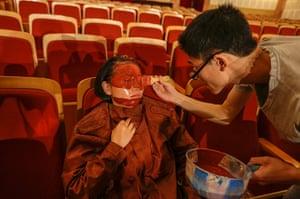 FTA: Jason Lee: A participant is painted