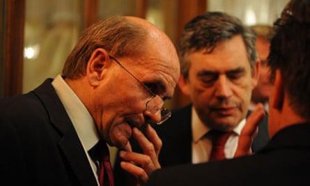 Roger Alton with Gordon Brown in 2007
