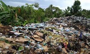 rubbish Manus Island