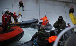 Greenpeace activists at the Prirazlomnaya offshore oil platform