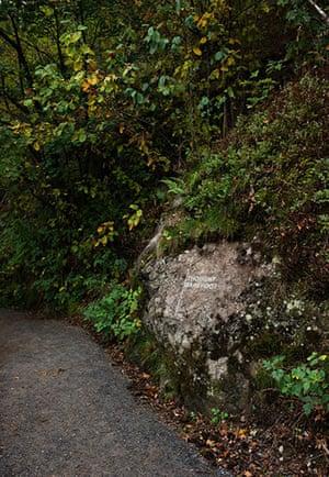 Oslo sculpture park: Jenny Holtzer, Stone Carving