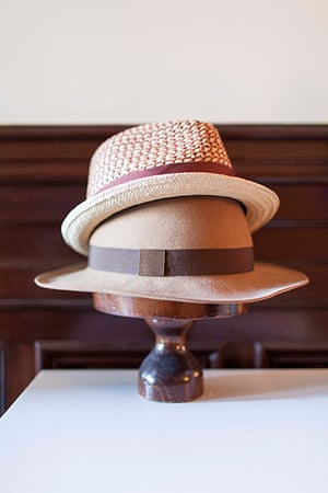 Homes - Oliver Jeffers: hats on a stand
