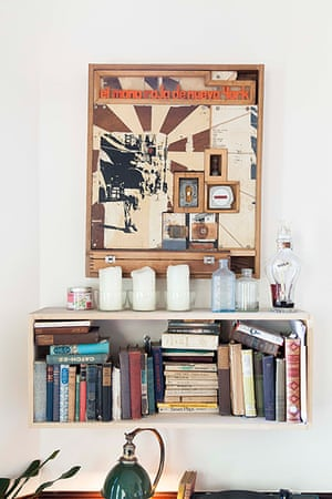 Homes - Oliver Jeffers: Bookshelf with picture above hung on wall