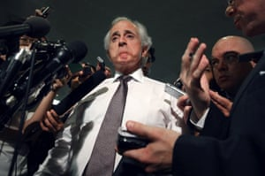 Senate Foreign Relations Committee ranking member Sen. Bob Corker (R-TN) (C) talks to reporters before heading into a members-only classified briefing about Syria at the U.S. Capitol September 3, 2013 in Washington, DC.