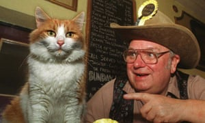 Catmando and Alan Hope, joint leaders of the Official Monster Raving Loony party, in 1999