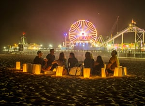 Glow Santa Monica: Visitors have a picnic on the beach