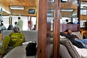 West Africa barbers: Côte d'Ivoire