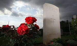 Samuel Johnson prize: a war grave in France