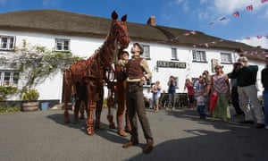 Joey, the puppet horse star of the play War Horse, and Albert, played by Lee Armstrong, visit Iddesleigh in Devon, which was the inspiration for writer Michael Morpugo's novel upon which the play is based. The touring production of War Horse  opens in Plymouth on 27th September.