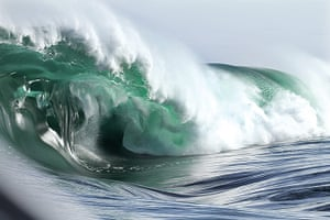 Incredible waves: Shipstern's Bluff