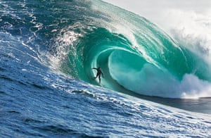 Incredible waves: The Right reef