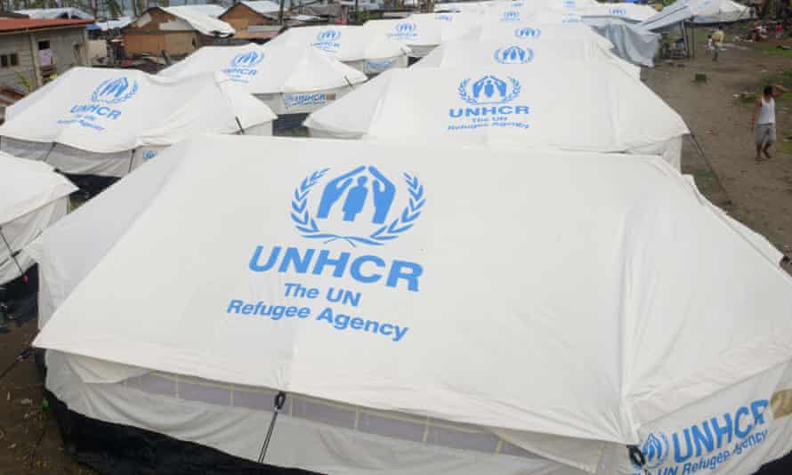 The United Nations refugee agency has suggested Australia must explain how towing back of asylum-seeker boats to Indonesia meets obligations under international law.
