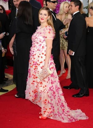 Golden Globes fashion 13: Drew Barrymore