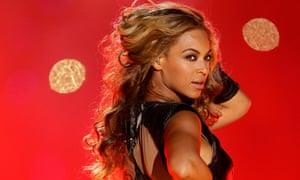 Beyonce perform super bowl