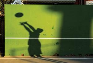 .Beautiful Games: Hoop: The American Dream
