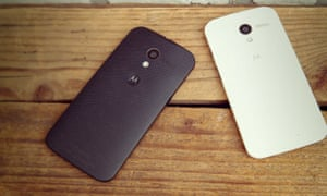 Motorola Moto X review black and white