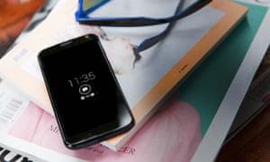 Motorola Moto X review active display notification