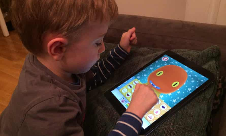 More children are playing with apps, but who protects them?