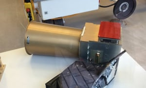 A replica of Rosetta's star tracker