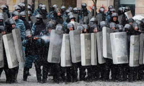 Police fire at protesters in Kiev on Wednesday