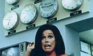 Mary Tyler Moore clocks stressed