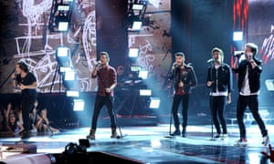 One Direction, one of many modern bands whose popularity draws a lot of criticism (and web traffic)