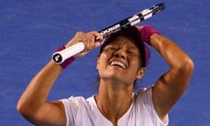 Li Na wins 7-6 6-0.