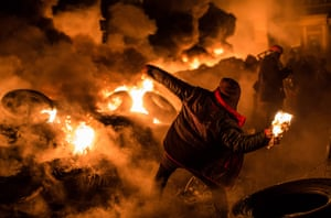 Ukraine: Protests Continue In Kiev As The Opposition Calls For A Snap Election