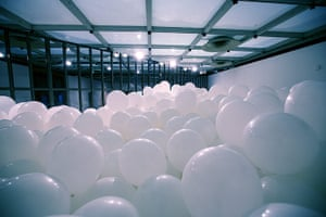 Martin Creed: Half the air in a given space