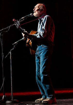 Pete Seeger: Performing at the Bring Leonard Peltier Home concert, in New York, 2012