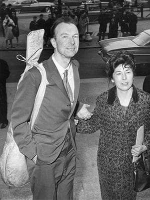 Pete Seeger: Seeger with his wife Toshi